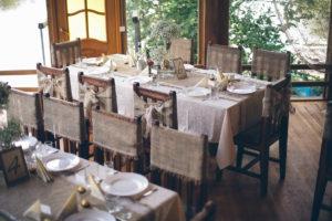 сервировка стола свадьбы в стиле рустик