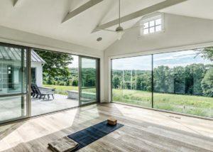 окна в стиле минимализм в интерьере