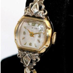 История часов. Наручные часы
