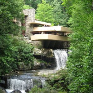 История дизайна. Ф.Л. Райт. Дом над водопадом