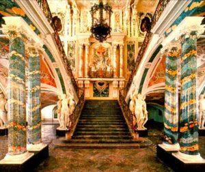 Классические стили в интерьерах. Замок Аугустусбург